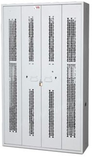 Bifold-Weapon-Rack-Closed-Locked-Doors-72-inch
