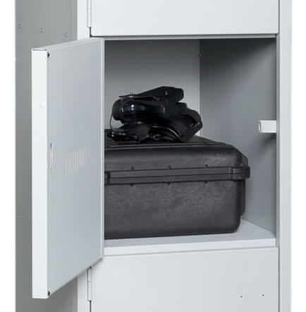 Duty-Bag-Locker-Open-Shelf